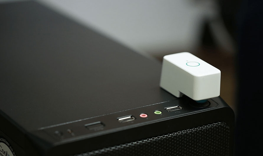 انگشت رباتیک وایرلس برای اتصال تمامی دکمههای خانه به اینترنت