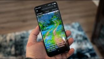 چگونه می توان از عکسهای متغیر روزانه Bing بهعنوان تصویرزمینه گوشی Android استفاده کرد