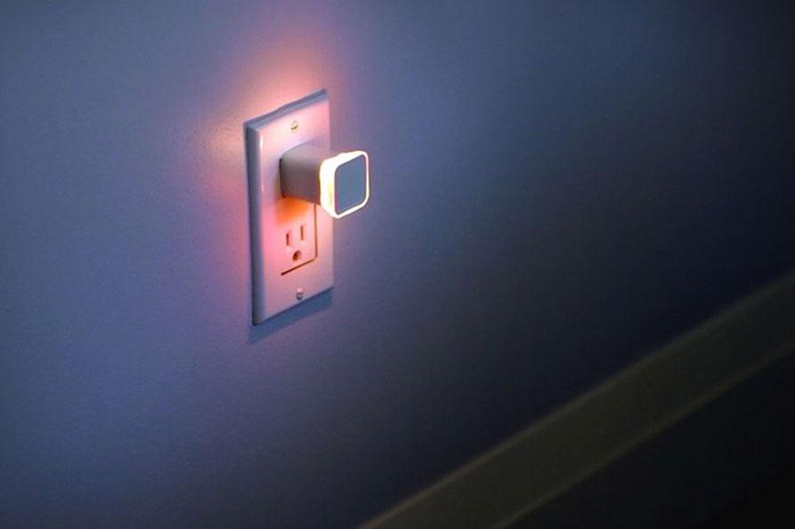 چراغ خواب هوشمند برای دریافت اطلاعرسانیهای شبانه