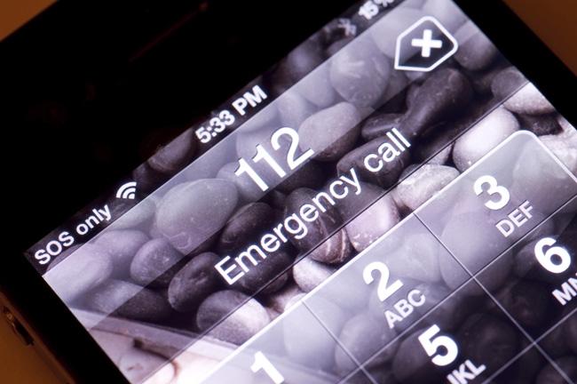 تماس اضطراری در شرایط اضطراری به وسیلهی موبایل