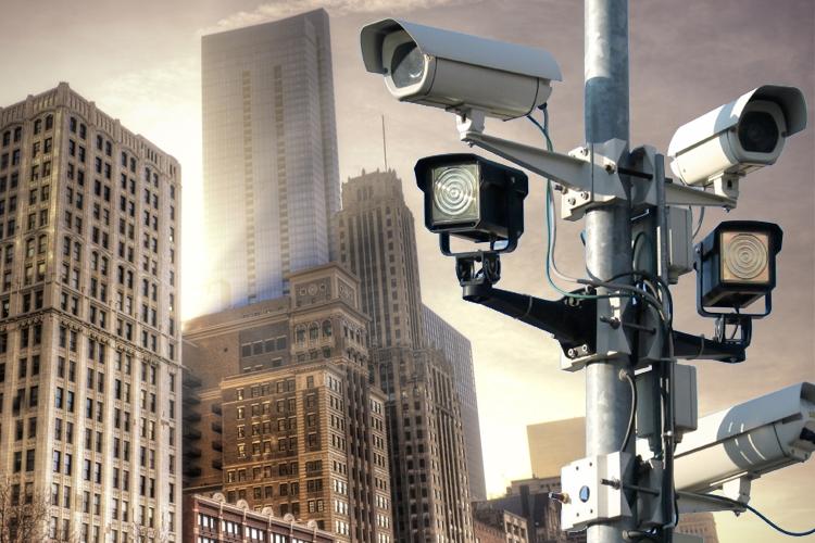 مشاهده دوربینهای امنیتی به شکل مخفیانه