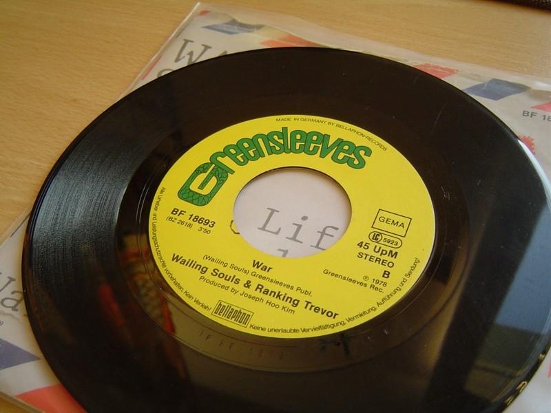 تبدیل صفحههای موسیقی قدیمی به CD