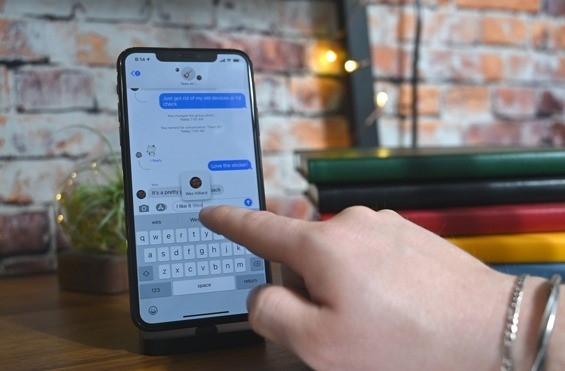 نحوه منشن کردن یک شخصی در گروههای گپ iMessage در iPhone و iPad