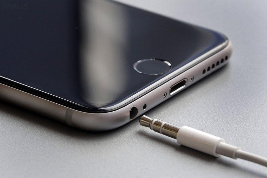 فشنگ 9 میلیمتری بر روی شقیقهی جک 3.5 میلیمتری؛ چرا اپل جک هدفون را کشت؟