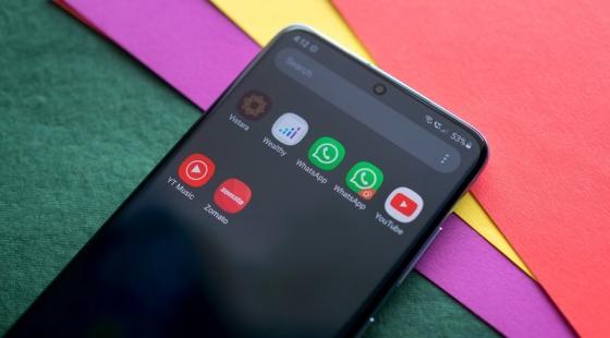 نحوه استفاده کردن از دو حساب کاربری در WhatsApp در گوشیهای Samsung